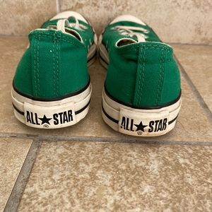 Green men's converse sneakers